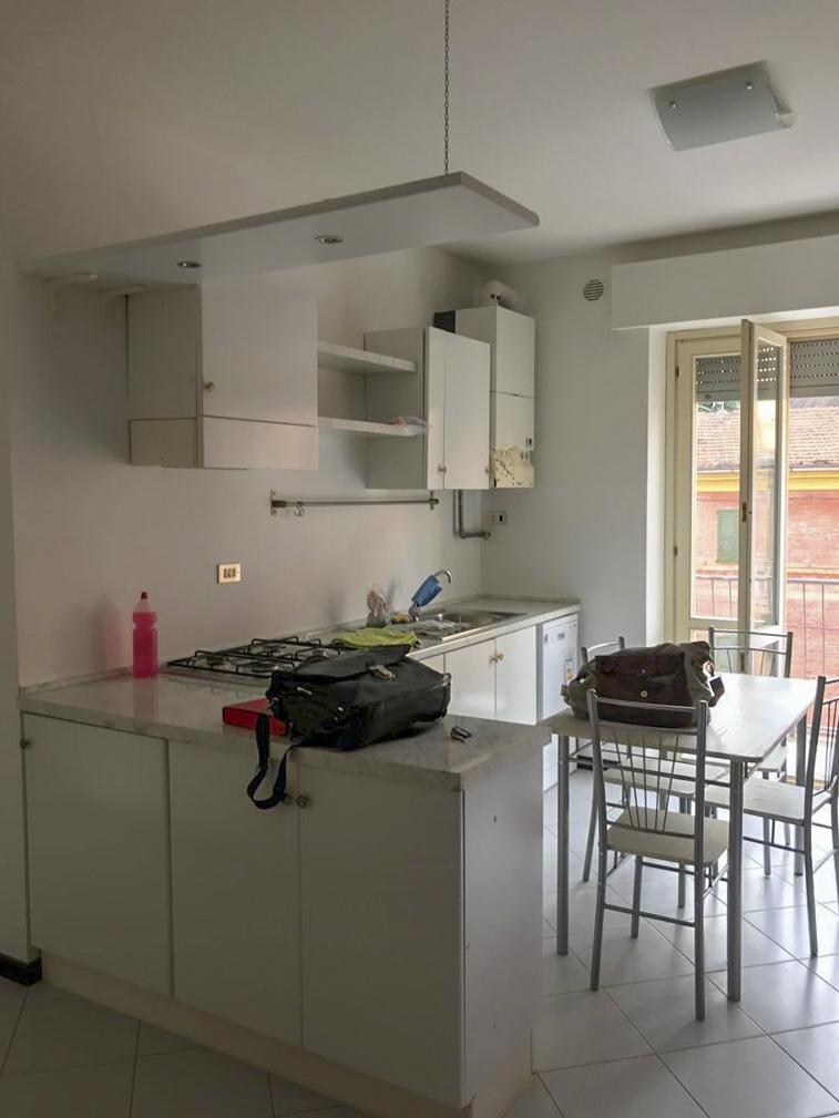 Appartamento ristrutturato e finemente arredato, Via Roma – Macerata