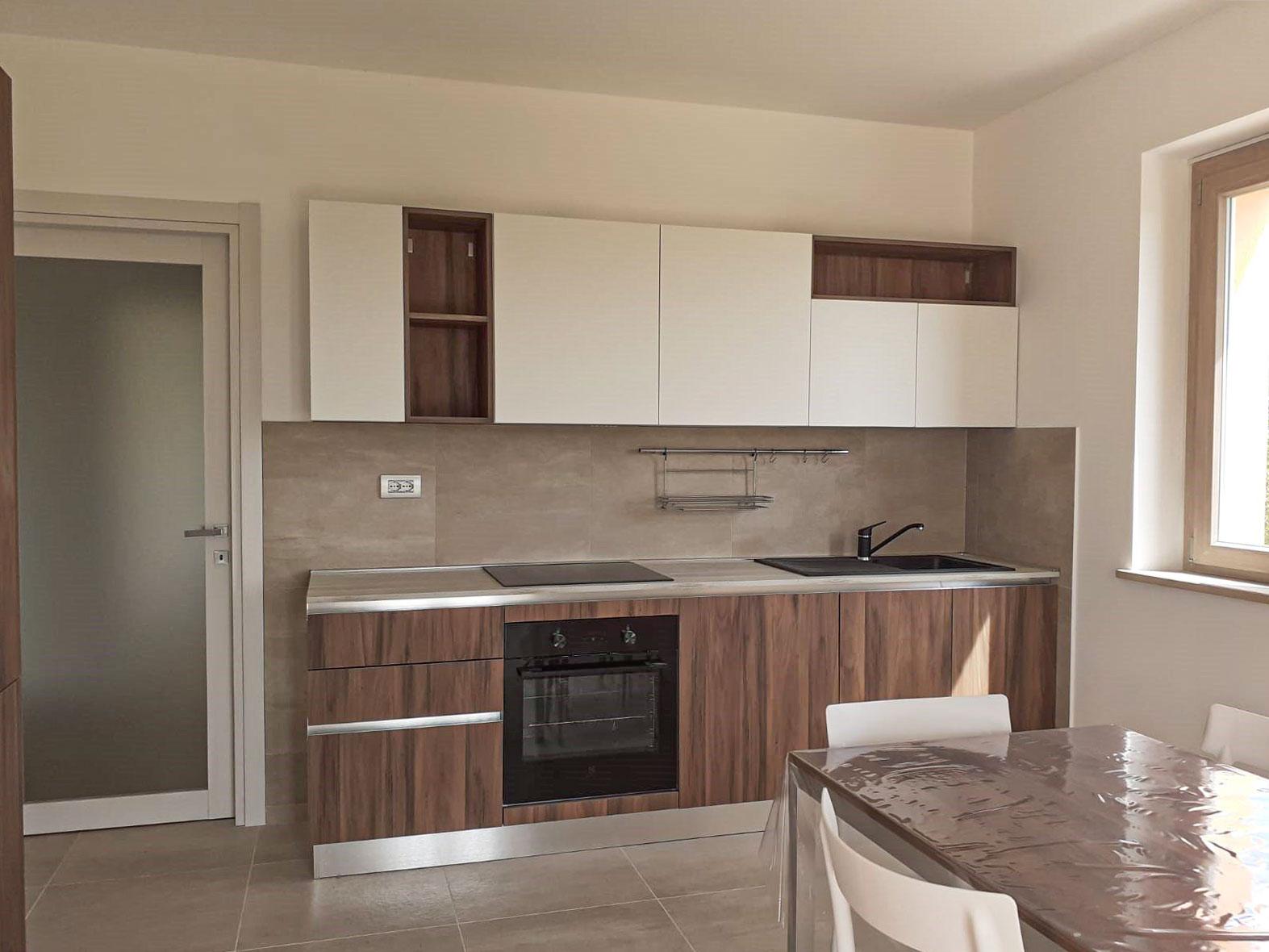 Appartamento recente costruzione con giardino, Contrada Valchiusa -Treia