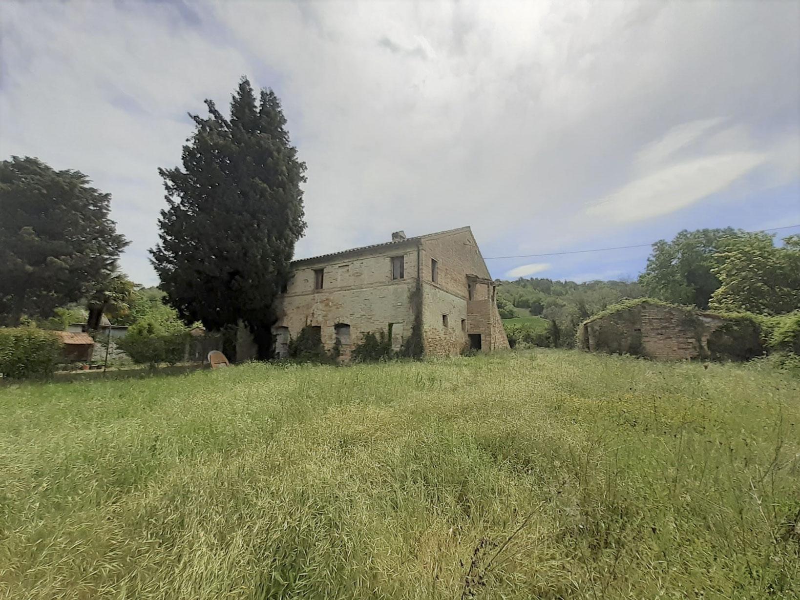Casa singola con ampio giardino ad uso esclusivo, Contrada Potenza, Villa Potenza-Macerata
